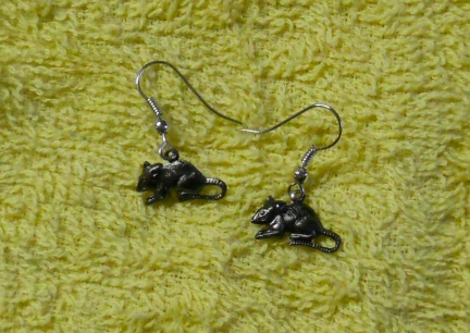 Silver toned  rattie earrings
